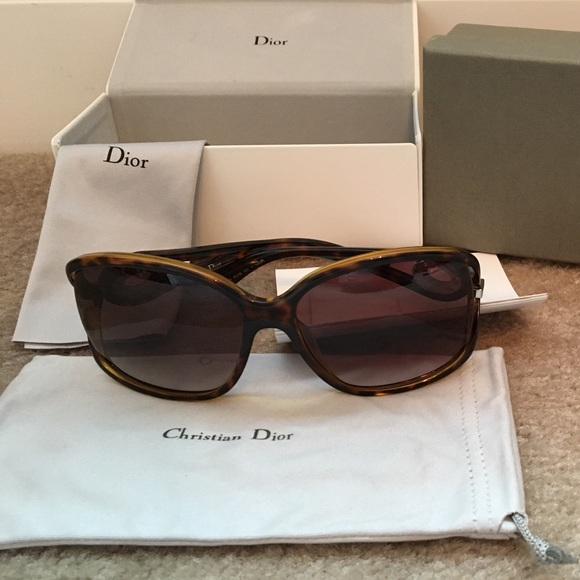 e61a0c07735ee Dior Volute 2 Sunglasses